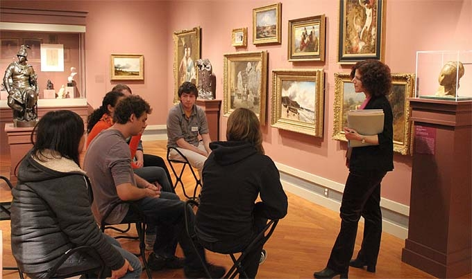 a VTS discussion in the galleries