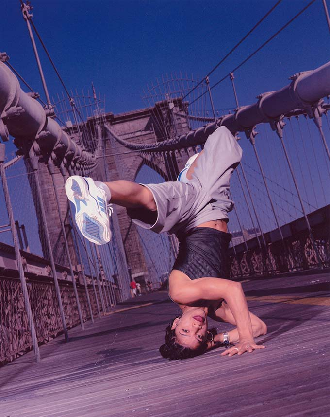 Rockafella breaking on the Brooklyn Bridge