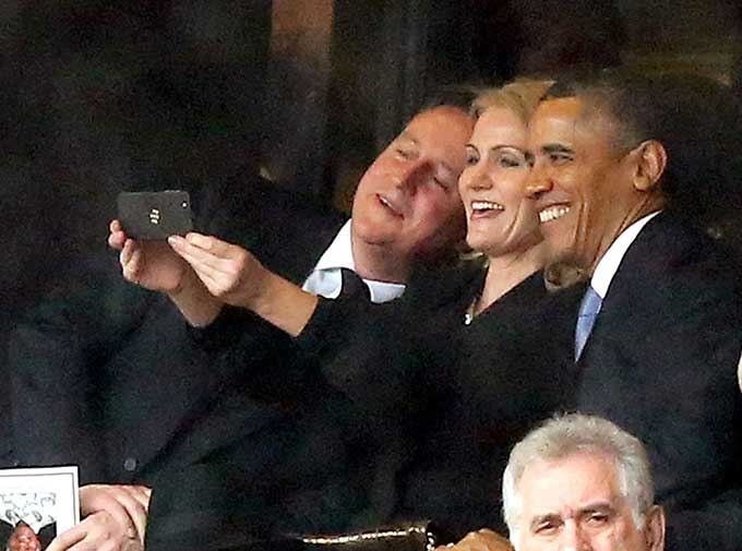 Obama selfie with prime ministers