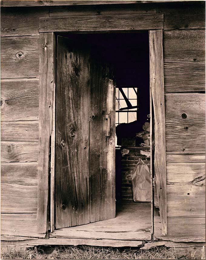 Paul Strand, Slab Hollow shop, Vermont